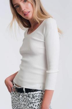 Gebreide trui met brede halslijn witte